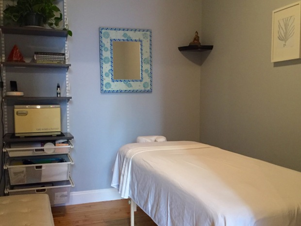 Book a massage with Holistic Hands NYC | New York NY 10011